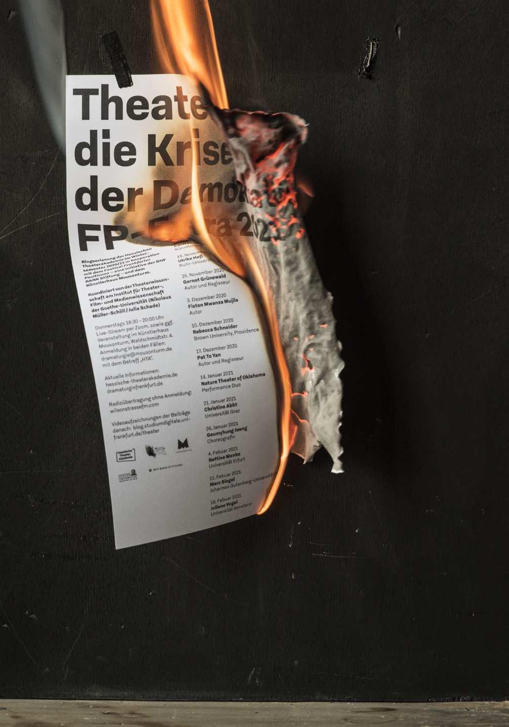 krise-der-demokratie-photo-08-1005x1436px