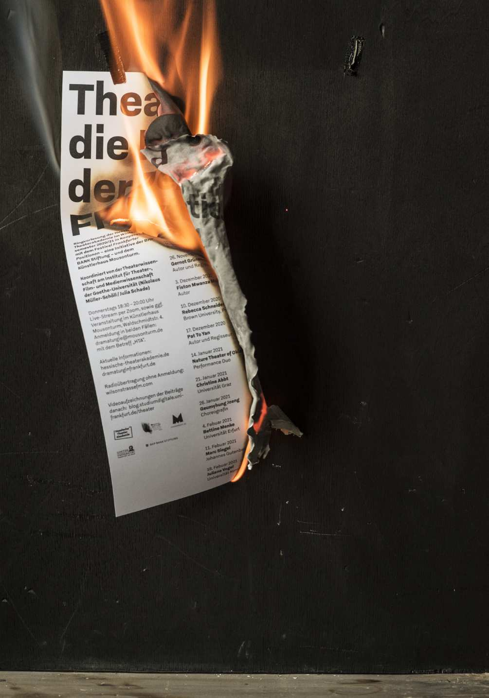 krise-der-demokratie-photo-09-1005x1436px